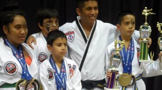 Medallas para Rapa Nui en Torneo Mundial de Taekwondo
